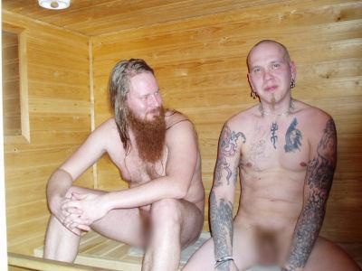 miehet saunassa Suonenjoki